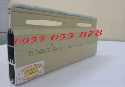 cua-cuon-titadoor-pm600se